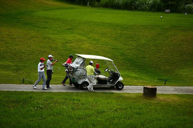 画像: 【血液型別・ゴルフ人間関係マニュアル】Vol.3 上司とのラウンドで失敗しない身のこなし方 - みんなのゴルフダイジェスト