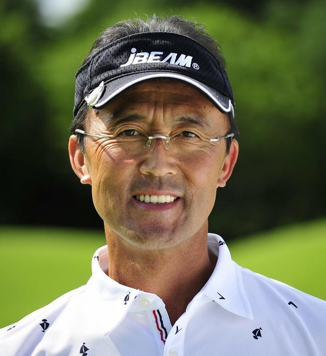 画像: 佐藤英之プロ 1960年生まれ。96年のヨネックス広島オープンを制したショットメーカー。