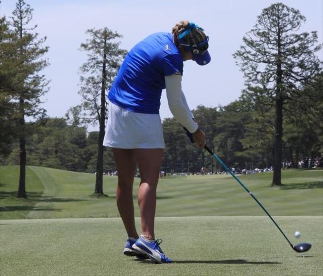 画像: 【ラビットインパクト】左足を伸ばせ!飛ばせるインパクトは左ひざをピン! - みんなのゴルフダイジェスト