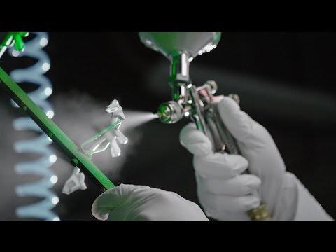画像: Creating the Oakley Green Fade Collection – Buchanan, Cavendish, Walsh-Jennings & Watson www.youtube.com