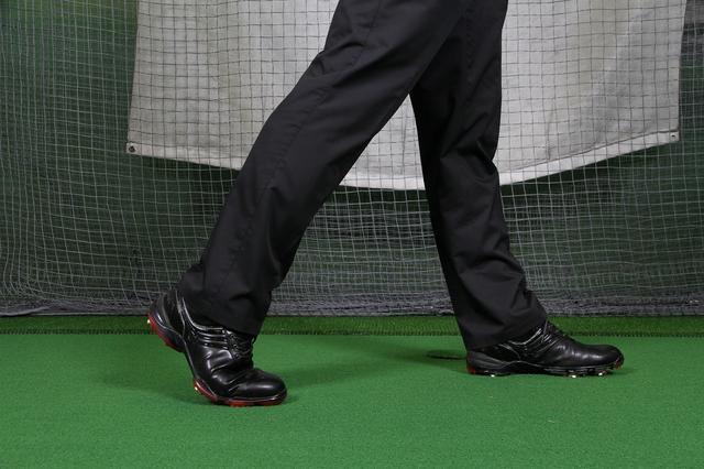 画像: トレーニング1 しっかり蹴れる右脚を鍛える