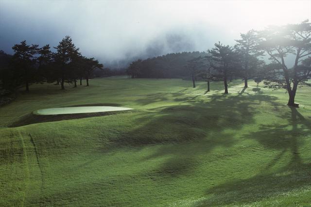 画像2: 日本一古いパブリックコース「雲仙ゴルフ場」