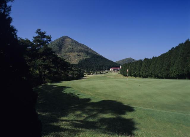 画像4: 日本一古いパブリックコース「雲仙ゴルフ場」