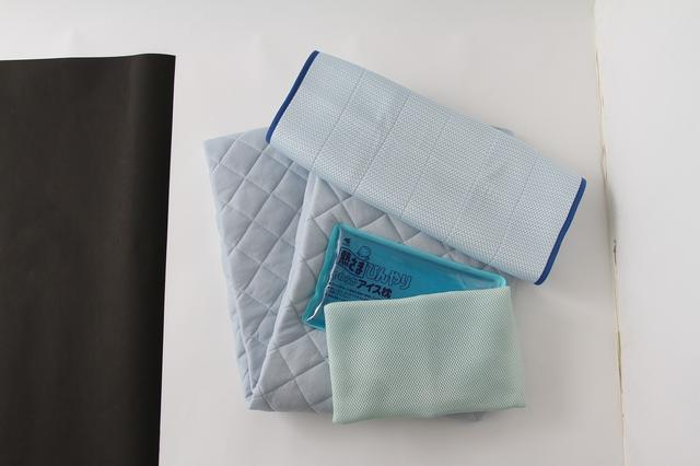 画像: 冷たい枕や枕カバーなど
