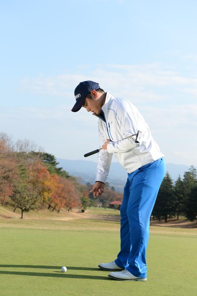 画像: 肩、腰、ひざのラインをスクェアにセット