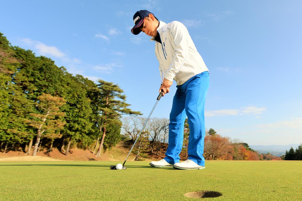 画像: 「曲がる1.5m」狙ったカップは外さない - みんなのゴルフダイジェスト