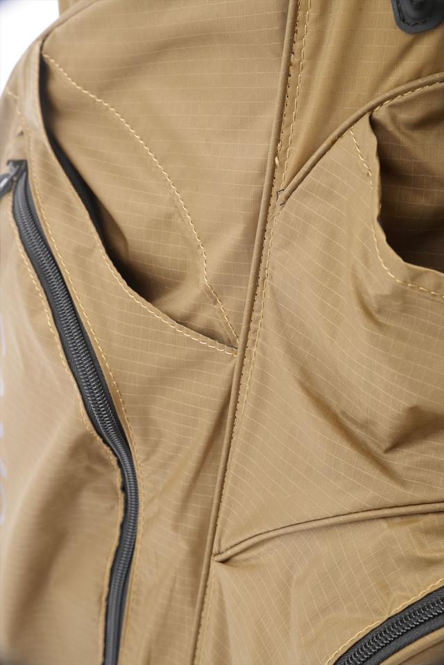 画像: ヨコシマポイント 圧倒的に軽量なナイロンを使用。軽くて丈夫で防水性も高いナイロンを使用している。