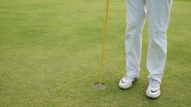 画像3: 【マナー講座】カップの位置が見えないから、ピンを持ってくれる?