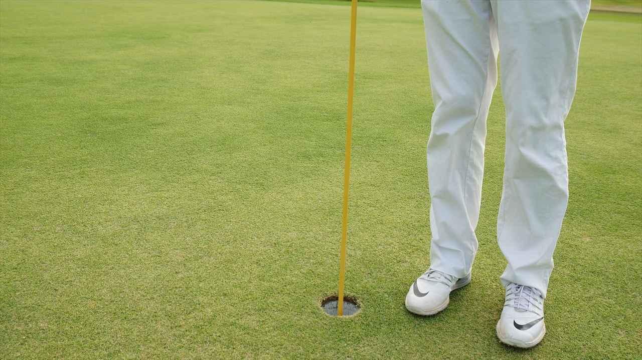 画像1: 【マナー講座】カップの位置が見えないから、ピンを持ってくれる?