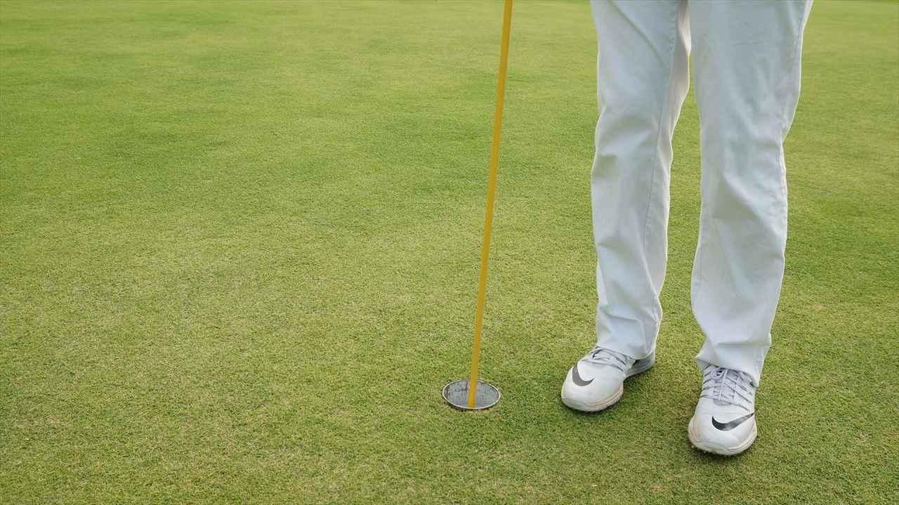 画像5: 【マナー講座】カップの位置が見えないから、ピンを持ってくれる?