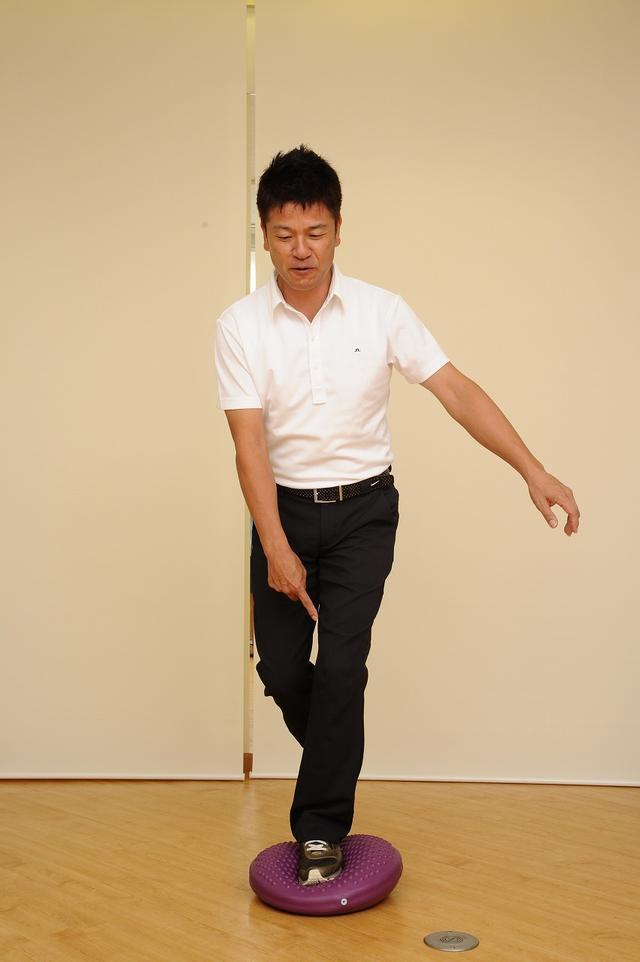 画像6: ひざの故障を防ぐ!腕をしっかりローテーションしてスウィングしよう(後編)