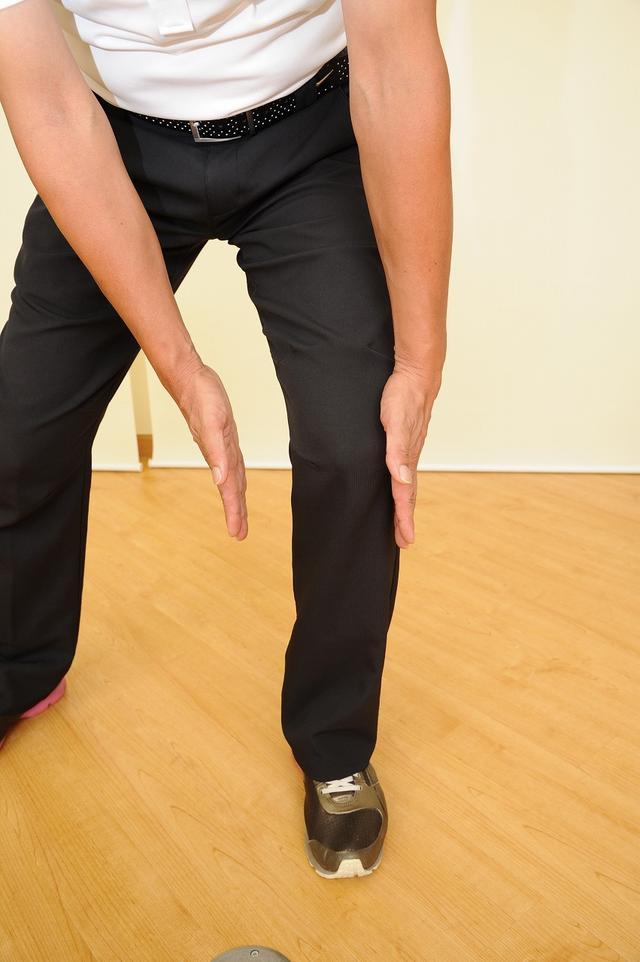 画像3: ひざの故障を防ぐ!腕をしっかりローテーションしてスウィングしよう(後編)