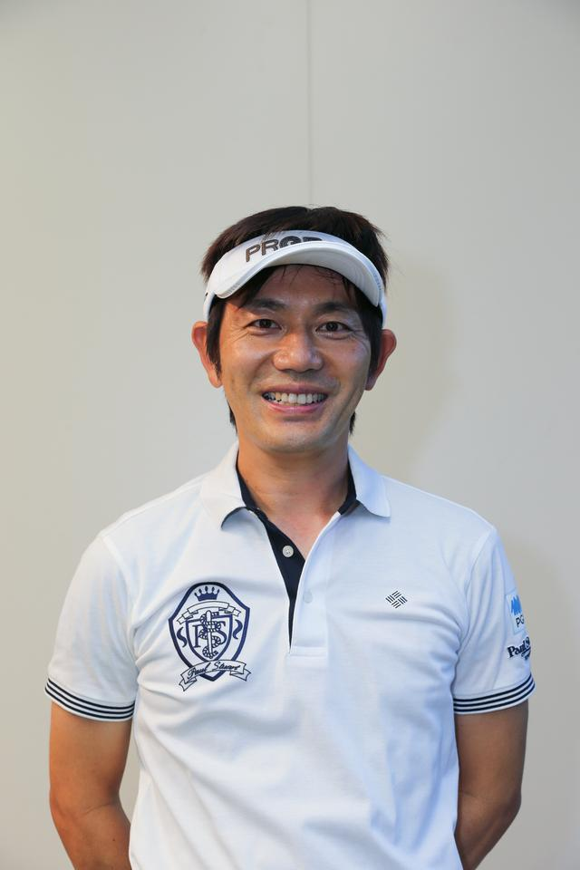 画像: 内藤雄士プロ ツアープロコーチとして活躍するほか、その理論的な技術分析・解説・レッスンに関する著書も数多く出版