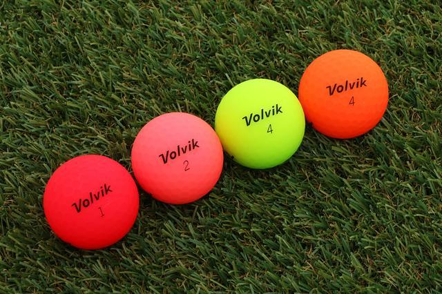 画像: ボルビック?お水じゃないよ、ボールだよ。 - みんなのゴルフダイジェスト