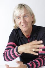 画像: Pia Nilsson(ピア・ニールソン)。58年、スウェーデン生まれ。米・欧州ツアーで活躍し、通算8勝を挙げる。その後、スウェーデンナショナルゴルフチームのヘッドコーチに就任。アニカ・ソレンスタムのほか、世界に通用する選手を多く育てた。99年レッスン・オブ・ザ・イヤーを受賞