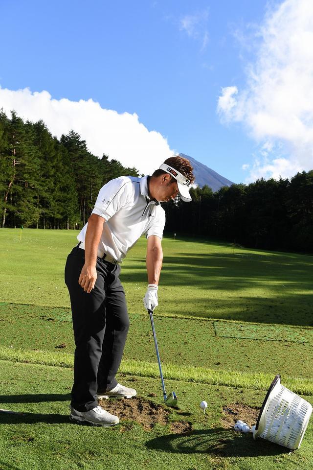 画像2: 松村道央も「これイイね!」片手打ち用クラブ「ワンハンドグリップアイアン」