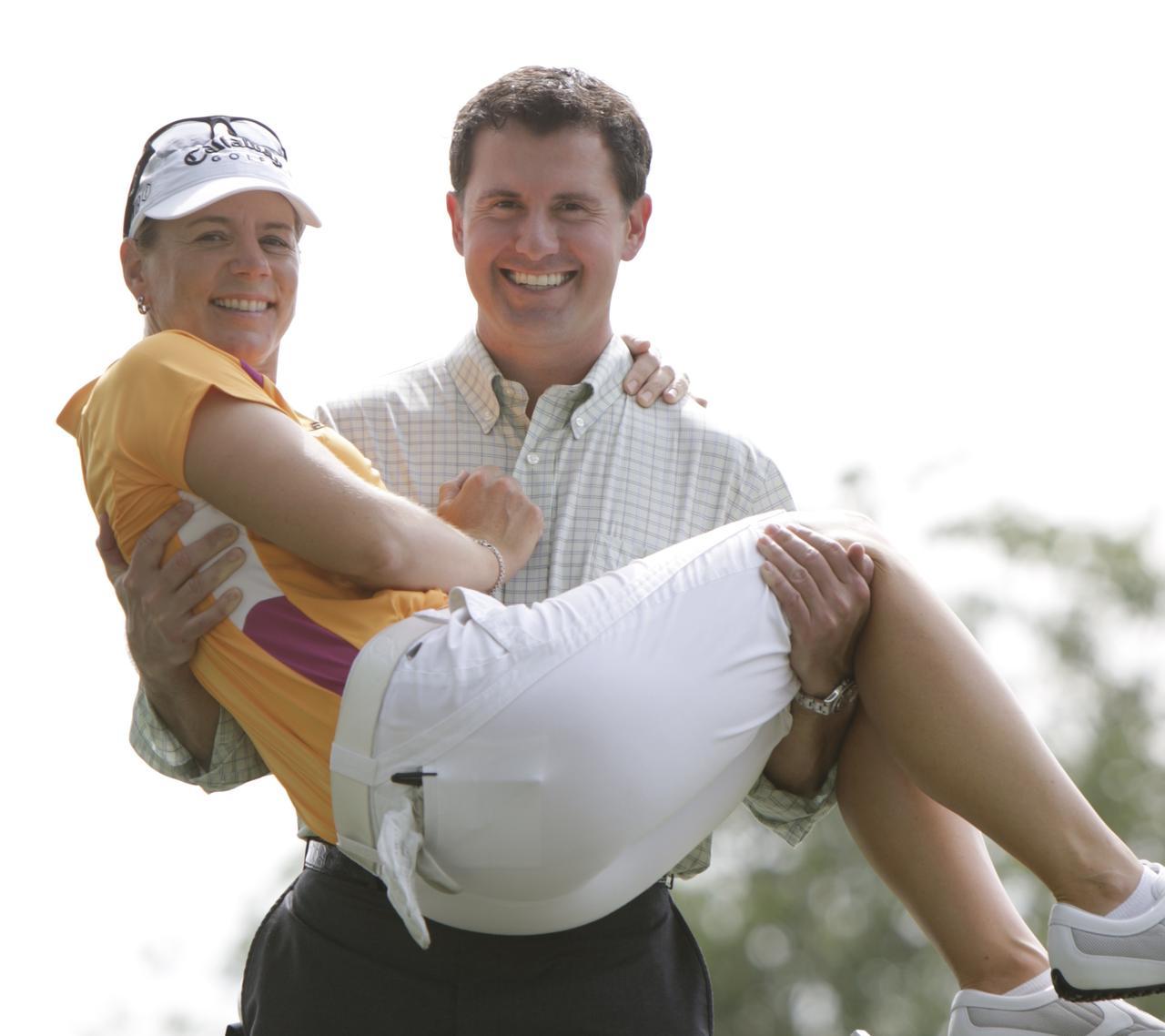 """画像: アニカ・ソレンスタムは夫に出会ってから試合中にミスをしても「これで人生が終わるわけじゃない。私には彼がいる」と思えるようになったという。心が和む""""よりどころ""""を持つことがゴルフにもプラスに働く"""
