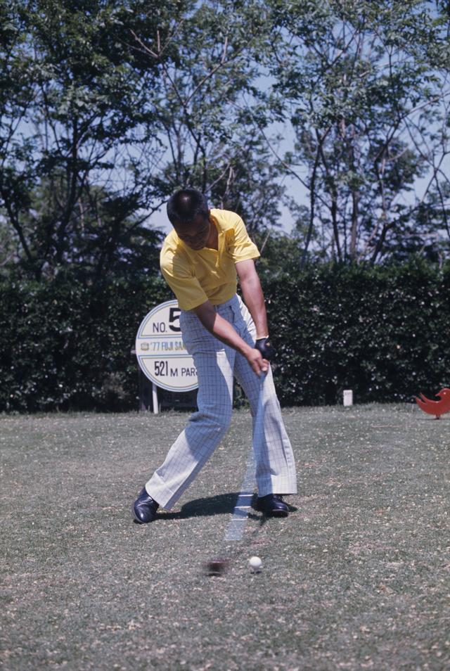 画像5: 【ゴルファーのための超呼吸法】③ 息を止めて打つと 体がガッチガチに