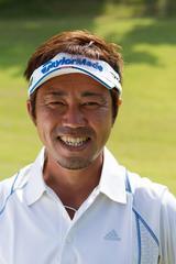 画像: 今井克宗プロ。1972年生まれ。巧みな技でツアー2勝を上げる。明るいキャラクターでいつも周りを楽しませてくれる