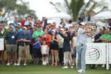 画像: PGAの主役を小平智がスウィング解説「マキロイはフォローで右肩が低い」 - みんなのゴルフダイジェスト