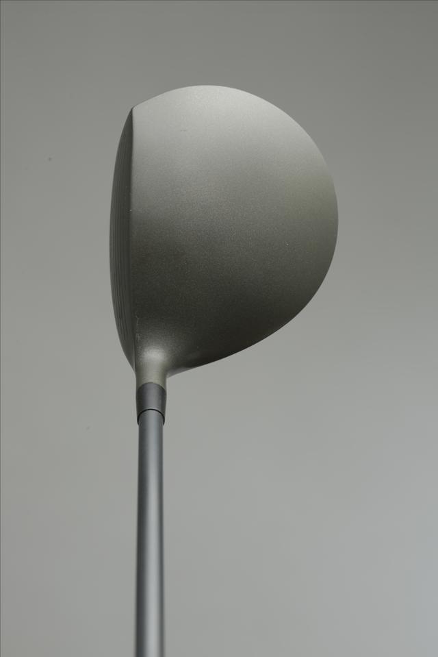 画像: ヘッド体積は300cc ロフトや長さを変えることができた