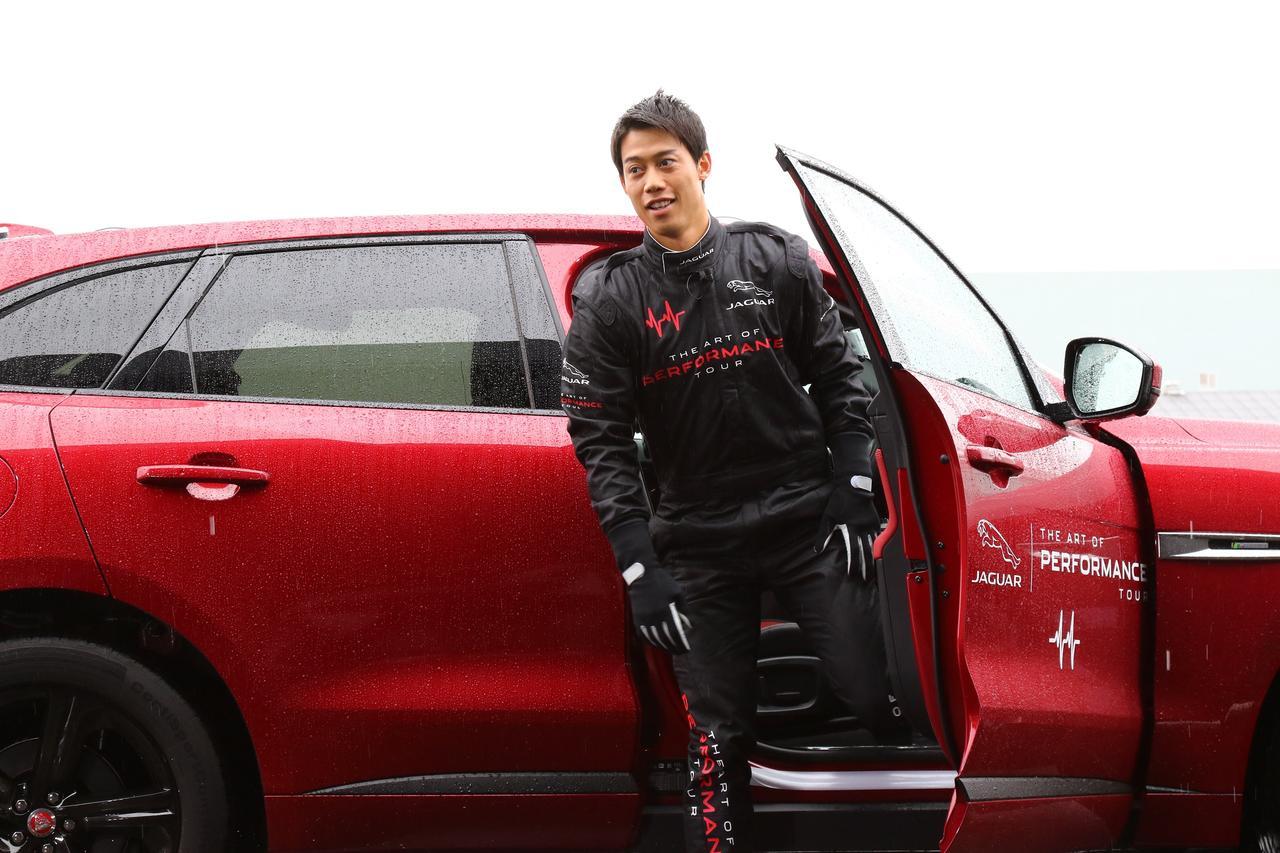 """画像: 錦織圭くんがレーシングスーツ姿に?プロたちの""""車""""事情。 - みんなのゴルフダイジェスト"""