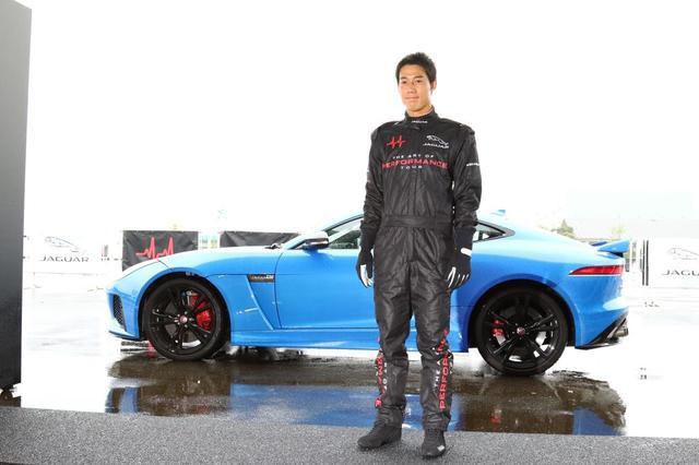 """画像4: 錦織圭くんがレーシングスーツ姿に?プロたちの""""車""""事情。"""