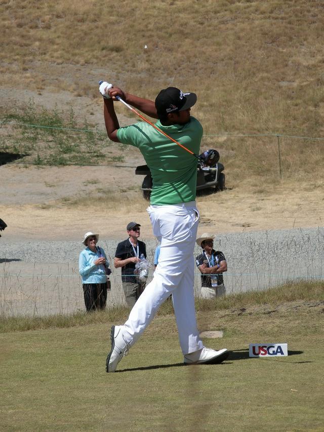 画像13: PGAの飛ばし屋!トニー・フィナウのスウィングを解説