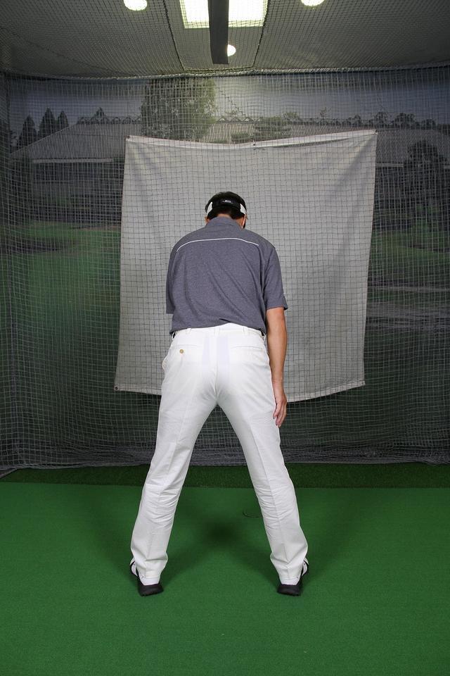 画像4: ″テークバック″は背中で上げる!ひじと手首を動かす方向がポイントです