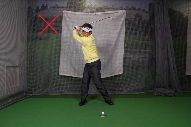 画像: ドリル1 ″腕が地面と水平″の位置から球を打つ
