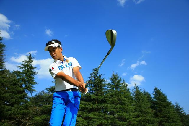 画像: スピンで″キュキュ″!プロの「寄せワザ」やってみよう - みんなのゴルフダイジェスト