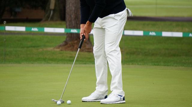 画像: 【プロが見たアダム・スコット】ショートパットで握り方、変えてます。 - みんなのゴルフダイジェスト