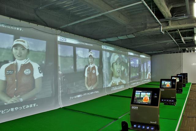 画像: 最新のゴルフゾンが5台もありました!全5打席