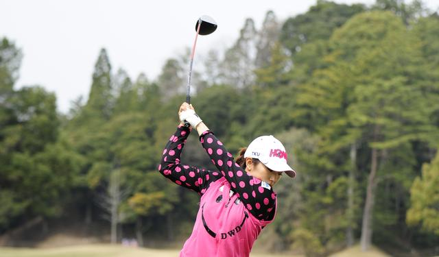 画像: 絶好調! 笠りつ子の強さの秘密「垂直トップ」 - みんなのゴルフダイジェスト