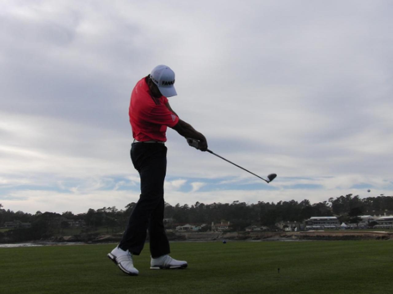 画像: 手打ちは「タオル」で直せます。ジェイソン・デイの同級生、秘密のドリル - みんなのゴルフダイジェスト
