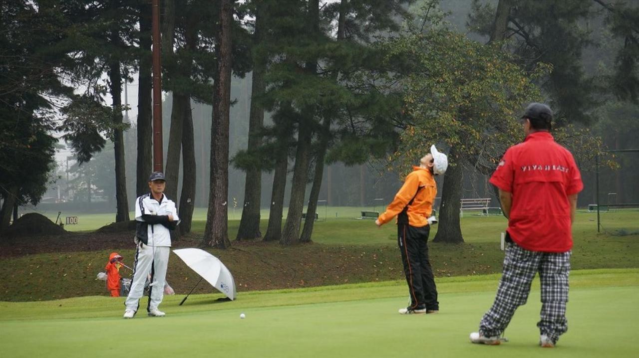 画像: 【チームGDミニツアーレポート】雨でも高速! 紫CCすみれCの激闘・勝負のカギは「グリーン上」だった - みんなのゴルフダイジェスト