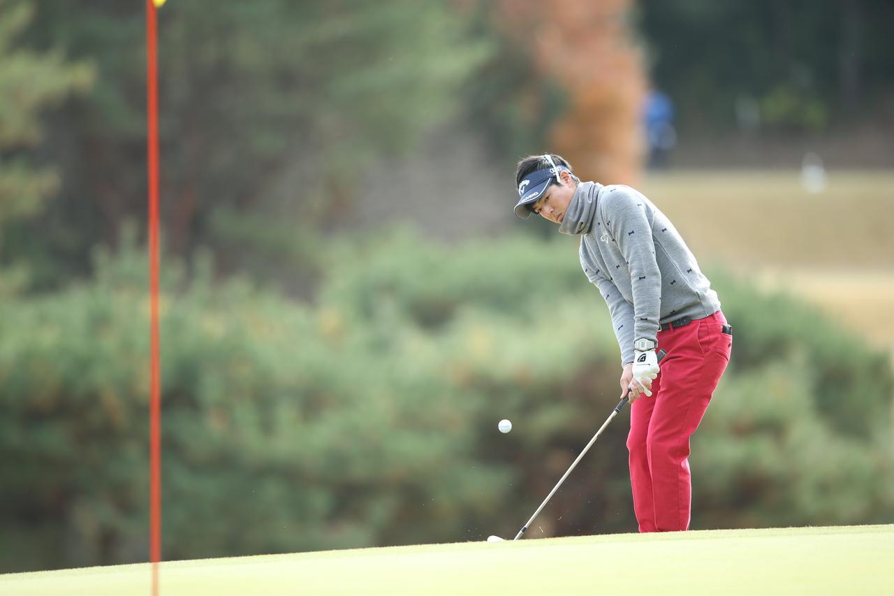 画像: 石川遼、PGAツアー今季初戦の「ジャストタッチアプローチ」がすごい!【動画】 - みんなのゴルフダイジェスト