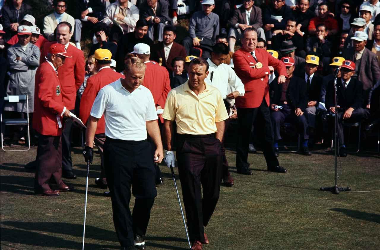 画像: 2度目の日本開催となった1966年のワールドカップ。ジャック・ニクラス(左)とアーノルド・パーマー(右)のアメリカチームが優勝した