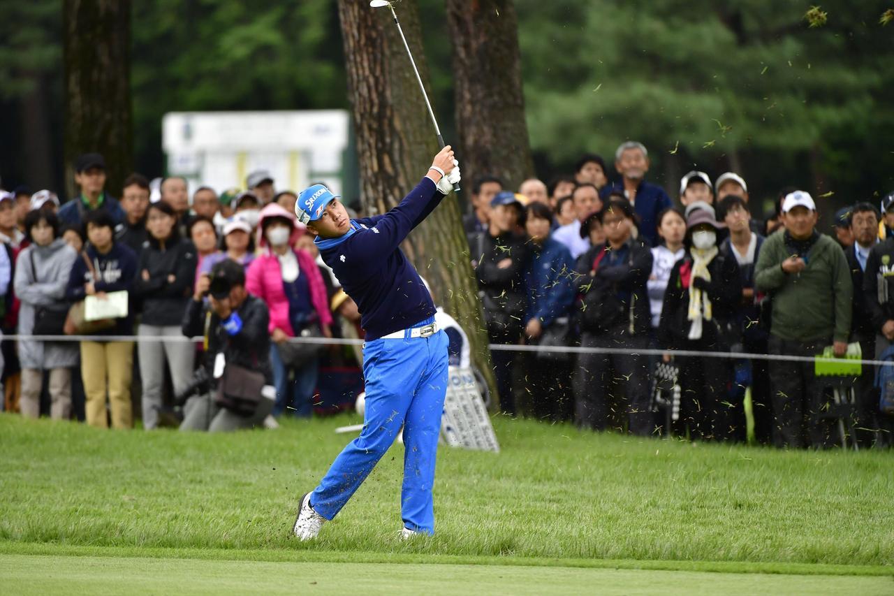 画像: 世界でも松山だけの脅威の技術。「タメないアイアン」が強い!【勝者のスウィング】 - みんなのゴルフダイジェスト