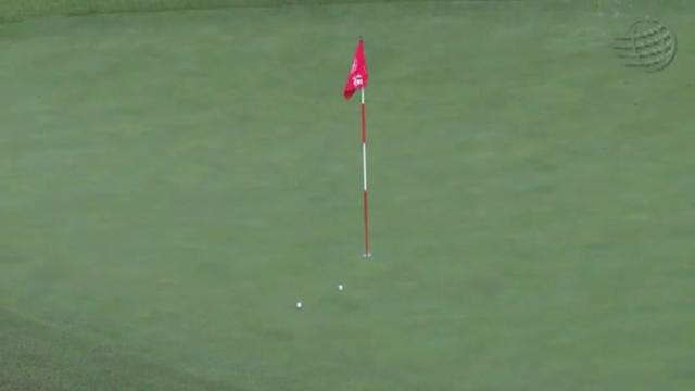 画像5: ラフから振り抜いた打球は、ピンそば1メートルに