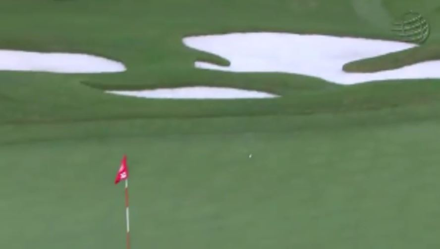 画像3: ラフから振り抜いた打球は、ピンそば1メートルに