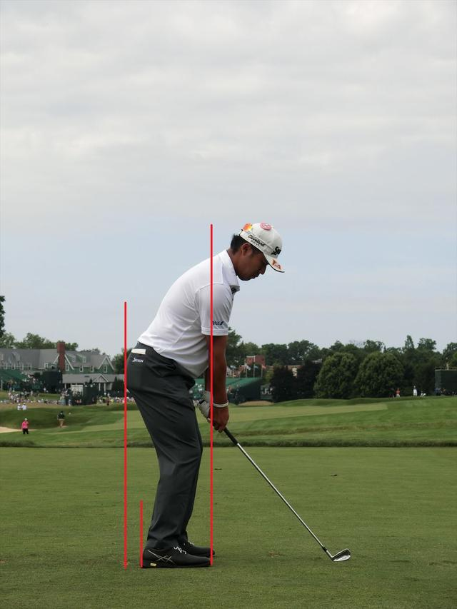 画像: お尻のラインと踵のラインに注目。実にいいバランスで立てている