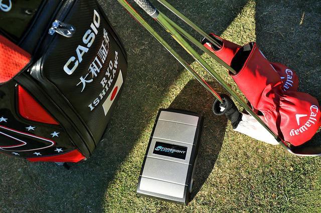 画像: 石川遼が使用する高性能飛距離測定器「GC2」 jp.pgatour.com