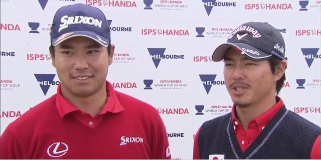 画像: 試合後、インタビューを受ける松山英樹と石川遼