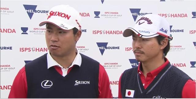 画像: インタビューに答える松山英樹と石川遼