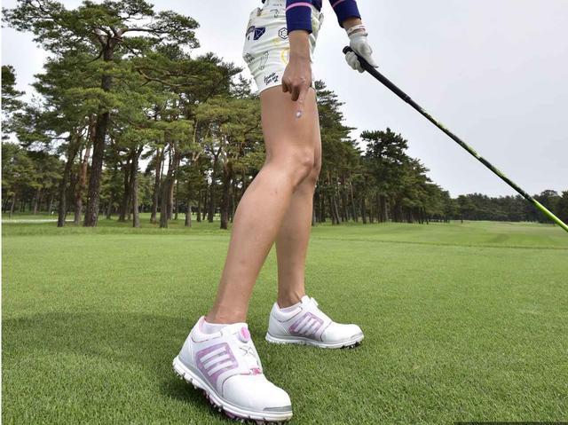 画像: ベタ足が強さの秘密! キム・ハヌルのドライバー【勝者のスウィング】 - みんなのゴルフダイジェスト