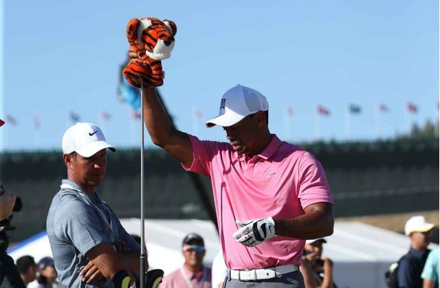 画像: タイガーは「ブリヂストン」のボールに「ナイキ」のアイアン「テーラーメイド」のウッドを使う⁉︎ - みんなのゴルフダイジェスト