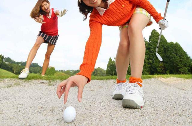 画像: 【ルールQ】こんなときどうする!? ドロップとプレースを間違えた! - みんなのゴルフダイジェスト