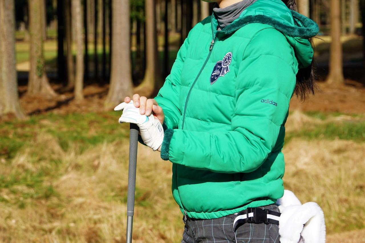 画像: アディダスの「新素材」は本当に暖かい? 実際に着て試してみた【ウェアミシュラン】 - みんなのゴルフダイジェスト