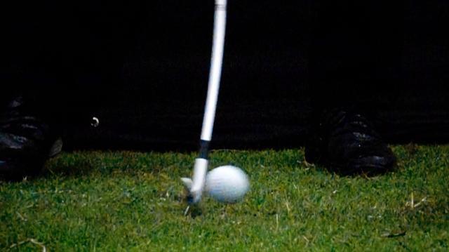"""画像: アイアンショットの基本のキ! """"ダウンブロー""""の「練習ドリル」 - みんなのゴルフダイジェスト"""